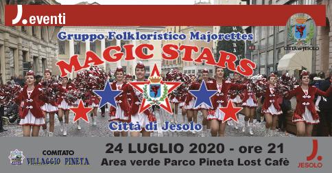 Esibizione delle majorettes Magic Stars a Jesolo