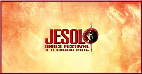 ballerina con logo labirinto associazione culturale Jesolo Dance Festival